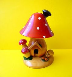 Kitschy little toadstool house.
