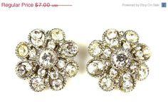 Vintage Floral Flower Rhinestone Clip Earrings #etsy #earrings