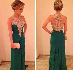 NOOO el tipo de vestido jaja pero mira con encaje claro se ve bonito la mezcla tambien