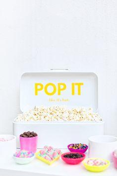 DIY Popcorn Bar for Backyard Movie Nights   studiodiy.com