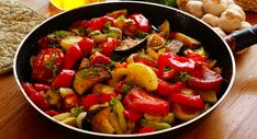 Discover recipes, home ideas, style inspiration and other ideas to try. Sugar Free Recipes, Meat Recipes, Low Carb Recipes, Dinner Recipes, Healthy Recipes, Zucchini Aubergine, Good Food, Yummy Food, French Food