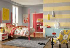 Chambres éblouissantes avec des murs rayés