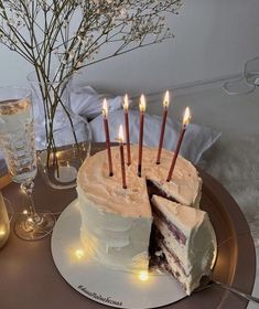 Pretty Birthday Cakes, Pretty Cakes, Cute Cakes, Image Deco, Festa Party, Cute Desserts, Cafe Food, Aesthetic Food, Food Cravings
