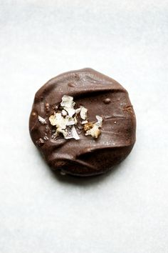 ... chocolate dipped grahams with smoked sea salt ...