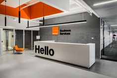 Orange Business Services Office – Picture gallery – Design is art Corporate Office Design, Office Branding, Office Space Design, Modern Office Design, Corporate Interiors, Office Interior Design, Office Interiors, Office Designs, Office Ideas