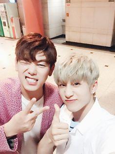 #아스트로 #ASTRO #ParkJinWoo #JinWoo #JinJin #astroJinjin with Eric Nam #aroha