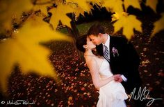 fall wedding photo. Will be doing this!