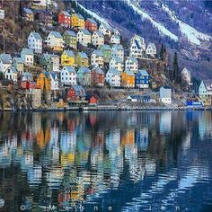 Odda, Norway, HERMOSO Y UNICO.