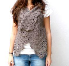 Artículos similares a Crochet chaleco marrón, Taupe, lana de cordero en Etsy