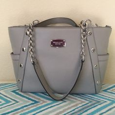 MK Delancy Leather Tote No Trades Beautiful - Pearl Grey - Medium - Leather - Shoulder Tote - 1 zipper pocket - 3 pockets - 1 Cell phone pocket - 2 outside pockets - Never Used - Brand New  Accept Reasonable Offers  Michael Kors Bags Totes