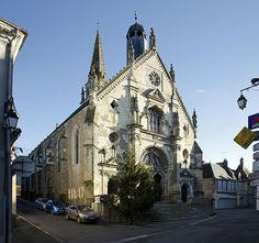 Façade de l'église Notre-Dame, Saint-Calais . Pays-de-la-Loire
