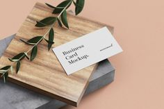 This Minimal Business Card Mockup can showcase your identity design with a modern look. the mockup is easy to use by using smart object feature in photoshop so you can change the design in seconds Luxury Business Cards, Minimal Business Card, Business Card Mock Up, Modern Business Cards, Business Card Design, Mockup Web, Adobe Photoshop, Christmas Templates, Free Design