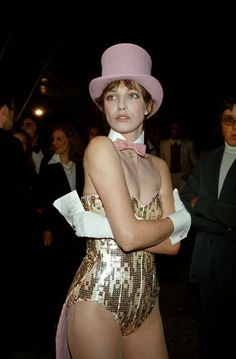 Jane Birkin starting the party