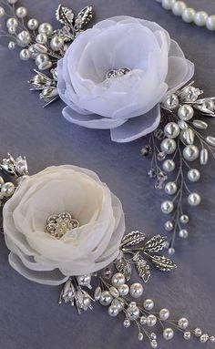 wedding hair flower, bridal fascinator, flower hair clip by TopGracia