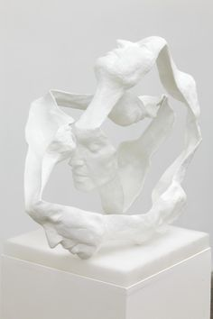 Abstract Sculptures Look Like Unraveled Faces - My Modern Metropolis