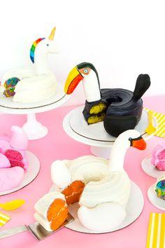 Aww, Sam: Four DIY Pool Float Cakes!
