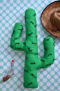 Knuffel eens een cactus!