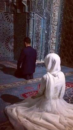 Muslim Couple Quotes, Cute Muslim Couples, Muslim Love Quotes, Couples Quotes Love, Beautiful Islamic Quotes, Cute Couples, Best Lyrics Quotes, Best Love Lyrics, Back Fat Workout