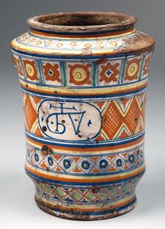 Pots, Italian Pottery, Painted Jars, Types Of Art, Ceramic Pottery, Medieval, Porcelain, Herbs, Clay