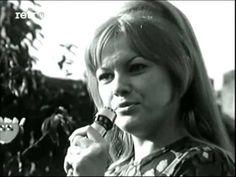(6) Eva Pilarová - Sekáči jdou (1968) - YouTube Retro, Music Songs, Film, Youtube, Music, Movie, Films, Film Stock, Film Books
