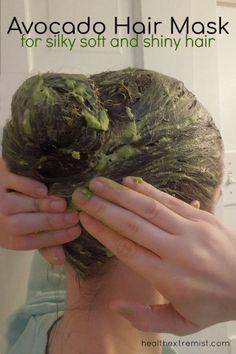 Get Silky Soft Hair with a Hair Avocado Mask - Health Extremist Avocado Hair, Natural Hair Treatments, Natural Hair Tips, Natural Beauty, Silky Smooth Hair, Soft Hair, Olive Oil Hair Mask, Beauty Hacks, Curly Hair