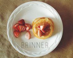 Breakfast for dinner... #pancakes #fruit #brinner #breakfast @endreams