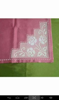 Baby Afghan Crochet, Baby Afghans, Picnic Blanket, Outdoor Blanket, Crochet Tablecloth, Love Crochet, Elsa, Diy And Crafts, Cross Stitch