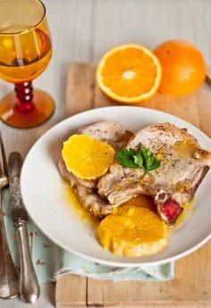 """Receta 791: Chuletas de cerdo con naranja » 1080 Fotos de cocina  - proyecto basado en el libro """"1080 recetas de cocina"""", de Simone Ortega. http://www.alianzaeditorial.es/minisites/1080/index.html"""