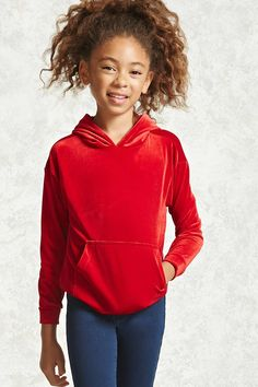 Forever 21 Girls - A smooth velvet hoodie featuring a front kangaroo pocket and long sleeves. Preteen Girls Fashion, Teenage Girl Outfits, Kids Fashion Boy, Kids Outfits Girls, Cute Girl Outfits, Girl Fashion, Teenage Clothing, Clothing Ideas, Stitch Fix Kids
