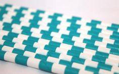 12 paperipilliä, vihreävalkoinen palkkiraitakuvio