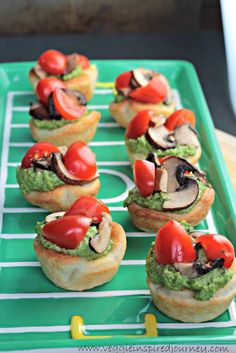 Game Day Vegan Pizza Bites - big bold flavors in a little bite. The perfect appetizer or snack for your next party or get-together. Potato Appetizers, Vegan Appetizers, Vegan Snacks, Appetizer Recipes, Vegan Recipes, Vegan Foods, Vegan Meals, Vegan Pesto, Vegan Pizza