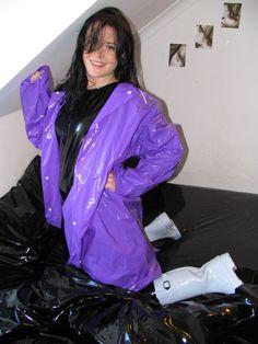 Vinyl Raincoat, Pvc Raincoat, Raincoat Jacket, Rain Jacket, Plastic Raincoat, Adele, Imper Pvc, Photo Merci, Latex Pants