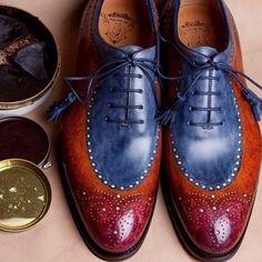 Ivan Crivellaro: Eccentric Shoes I have a Blue suit that is waiting for these. Suit Shoes, Men's Shoes, Shoe Boots, Dress Shoes, Shoes Men, Brogues, Loafer Shoes, Italian Shoes, Mens Fashion Shoes