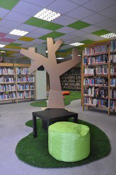 Municipal Library Of Prague Na Chodov Rostou Stromy