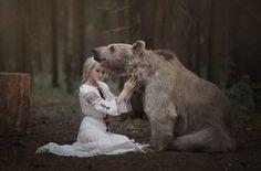 Russian girls. Russian woman. Russian beauty. Traditional dress. Braid. Bear.