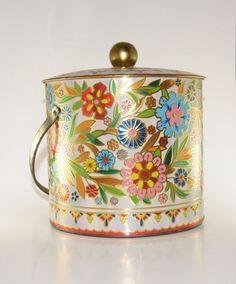Vintage Daher Biscuit Tin