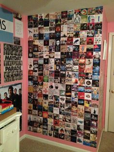 Having a wall dedicated to your favorite bands