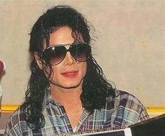 Love this photo of Michael Jackson