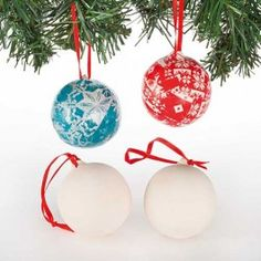 Buy Ceramic Baubles at Baker Ross. Transform these baubles into mini works of art. diameter ceramic baubles with hanging ribbon. Decorate with our Decopatch paper, a Christmas Lanterns, Christmas Baubles, Felt Christmas, Christmas Stuff, Porcelain Paint Pens, Pom Pom Decorations, Christmas Craft Projects, Xmas Crafts, Client Gifts