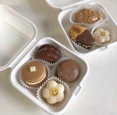 Cute Desserts, Dessert Recipes, Comida Picnic, Cute Baking, Eat This, Good Food, Yummy Food, Cupcakes, Think Food