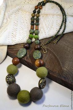 Купить Бусы «Оливковый сад» - оливковый, бусы, бусы из камней, бусы войлочные, войлочные бусы