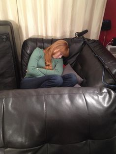 Sleeping at the safe house. Castle Tv Series, Castle Tv Shows, Molly Quinn, Richard Castle, Castle Beckett, Nia Long, Casting Pics, Gorgeous Redhead, Simply Red