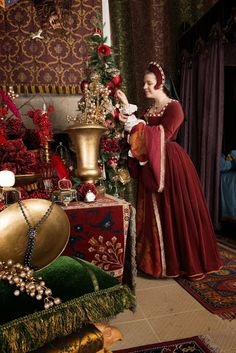 Stirling Castle, Period Costumes, Christmas Decorations, Victorian, Formal Dresses, Model, Tudor, Fantasy, Fashion