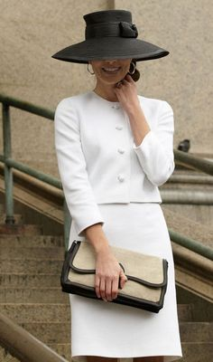 Classic elegance. Dress for Work.