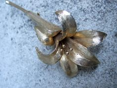 HATTIE CARNEGIE Vintage Gilt Flower Brooch by worldmarketproductio, $58.00