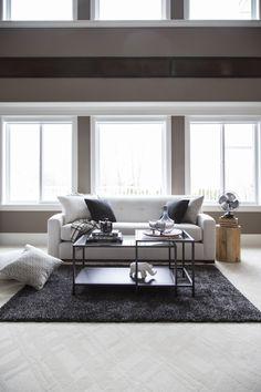 The new Costanza sofa so simple Van Gogh Photo, Living Room Art, Custom Furniture, Sofa, House Design, Bedroom, House Styles, French Interiors, Modern