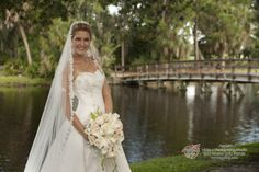 A background you can only find at the University Park Country Club in Sarasota. You don't have to be a member to get married here! #UniversityParkWeddings http://www.universitypark-fl.com/weddings/  Apple Video & Photography Studio 2013