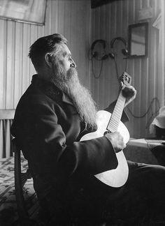 August Ländin, Kårsta, Uppland, Sweden black and white portrait beard I Love Beards, Long Beards, Awesome Beards, Swedish Men, Best Guitar Players, Epic Beard, Beard No Mustache, Beard Care, Social Work