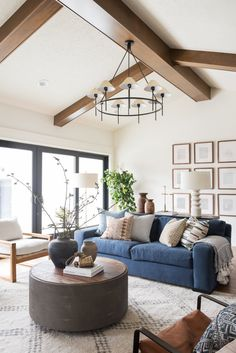 Excellent small living room designs are offered on our web pages. Read more and you wont be sorry you did. Blue Couch Living Room, Home Living Room, Living Spaces, Small Living, Blue Living Room Furniture, Couches Living Rooms, Neutral Living Rooms, Modern Living Room Table, Studio Living