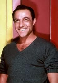 gene kelly -such a hottie!!!